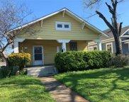 502 S Clinton Avenue, Dallas image