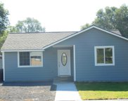 537 N Central Dr, Moses Lake image