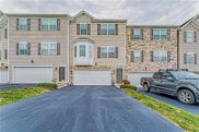 626 Freedom Dr, Collier Twp image