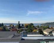 1124 N 30th St, Renton image