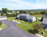 10 A Country Commons, Vergennes image