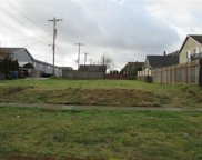 864 S 37th St, Tacoma image