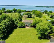 2904 Cox Neck Rd, Chester image