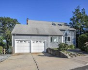 358 Sea Cliff Ave, Sea Cliff image