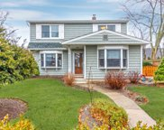 527 Gardiners Ave, Levittown image