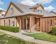 4131 Hollow Oak Drive, Dallas image