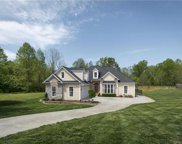107  Bluegrass Circle Unit #32, Mooresville image