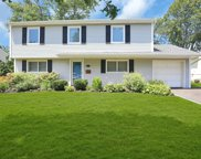 51 Crescent  Drive, Old Bethpage image