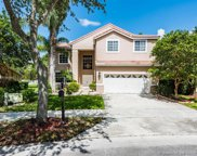 584 Cambridge Dr, Weston image