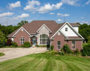 4400 Ashers Run Ct, Crestwood image