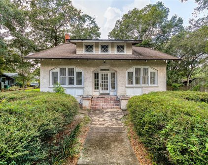 5508 N Branch Avenue, Tampa