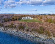 260 Beavertail RD, Jamestown image