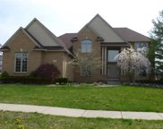 1329 Clear Creek Dr, Rochester Hills image
