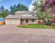 7141 SW MAPLELEAF  CT, Tigard image