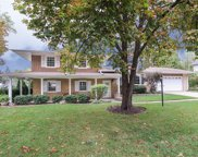 2702 West Briarwood Drive, Arlington Heights image