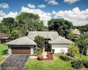 8059 Buttonwood Cir, Tamarac image