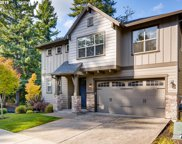 10199 NW CROSSING  DR, Portland image