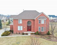 48738 CRESCENT DR, Canton Twp image