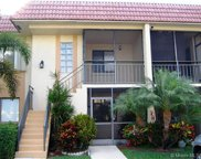 321 Lakeview Dr Unit #202, Weston image