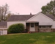 2422 Sharidge, St Louis image