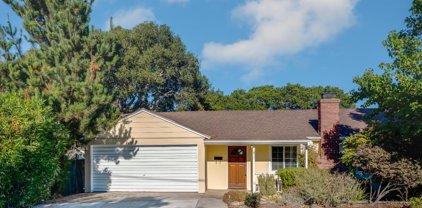 57 Melway Cir, Monterey