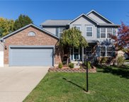8646 Knollway  Court, Fishers image