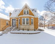 6975 West Nelson Street, Chicago image