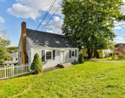 33 Great Hill Dr, Weymouth image
