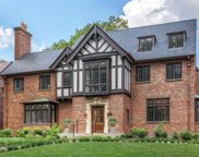 233 Woodbourne, St Louis image