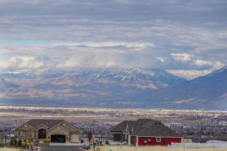 Elk Rige homes in Utah County