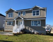2542 Ocean Ave, Seaford image