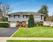 35 Fairway  Drive, Old Bethpage image