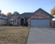 9920 Hunters Run, Midwest City image