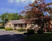 1694 W LONG LAKE ROAD, Bloomfield Twp image