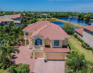 2704 Lakebreeze Lane S, Clearwater image