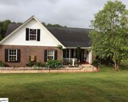 16 Country Knolls Drive, Greer image