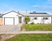 4582 N Sunnyside, Fresno image