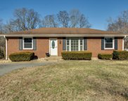 504 Chadwell Dr, Madison image