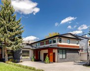 43 Bel-Aire Place Sw, Calgary image
