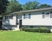 2906 Sipp Ave, Medford image