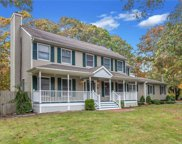 16 Manor Hills  Dr, Manorville image