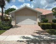 5021 Magnolia Bay Circle, Palm Beach Gardens image
