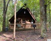 4105 Honeysuckle Ridge Way, Sevierville image