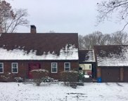 301 Cobham Ln, Jefferson Twp - BUT image