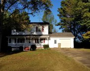 5612 Pinewood Dr, Flowery Branch image