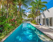 419 Se Poinciana Drive, Fort Lauderdale image