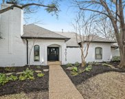 9015 Windy Crest Drive, Dallas image
