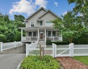 60 Ivy St, Oyster Bay image