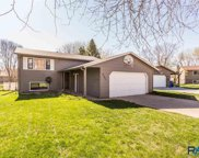 5705 W 56th St, Sioux Falls image
