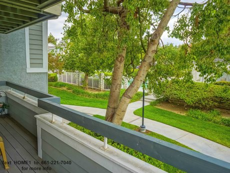 26853 Claudette St Unit 141 Santa Clarita CA 91351 condo for sale